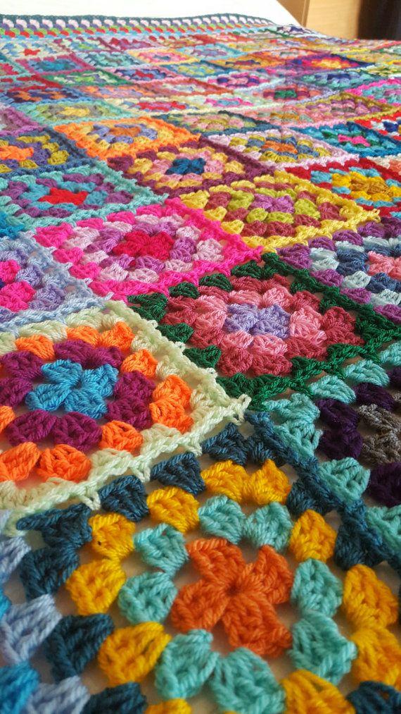 Retro granny squares blanket afghan crocheted sofa throw - Mantas de ganchillo para sofas ...