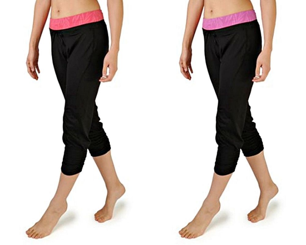 Danskin Womens Poly Spandex Jacquard Waist Capri Pants Activewear