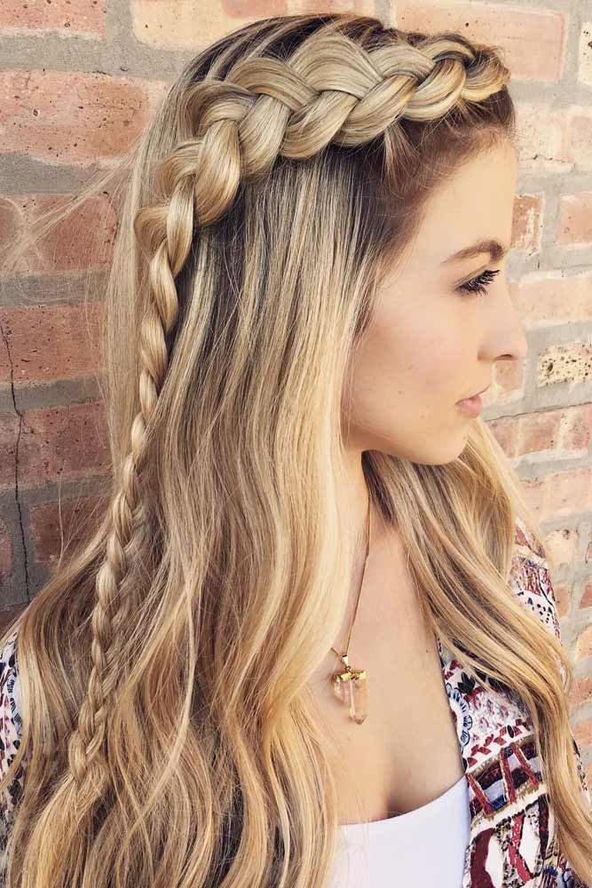 36 Amazing Graduation Hairstyles For Your Special Day Hair Styles Thick Hair Styles Long Hair Styles