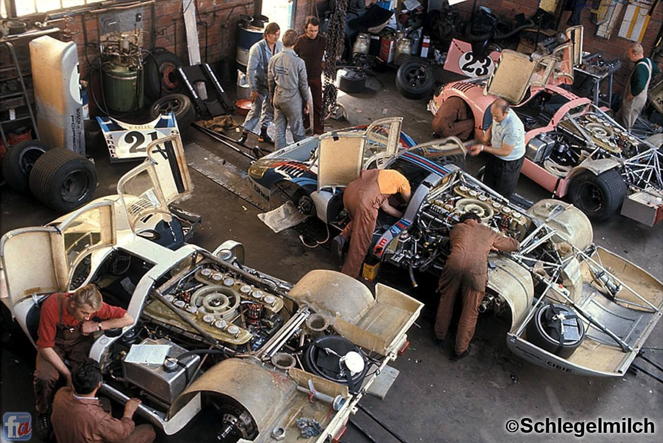 Le mans 1971 22 917k marko van lennep 21 917lh elford larrouse 23 917 20 pink pig - Garage volkswagen le mans ...