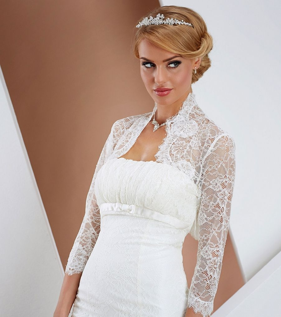 a9801e96b0 csipke boleró esküvői ruhához Chrysalis Esküvő -www.chrysalis-eskuvo ...