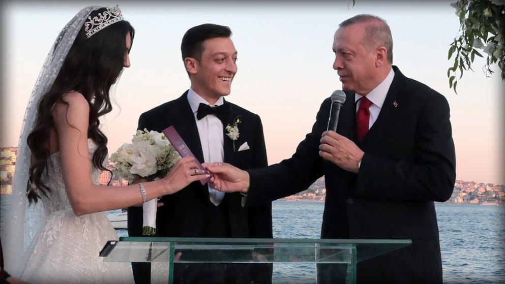 Mesut Ozil Und Amine Gulse Traum Hochzeit Mit Trauzeuge Erdogan Hochzeit Hotel Trauzeuge Traumhochzeit