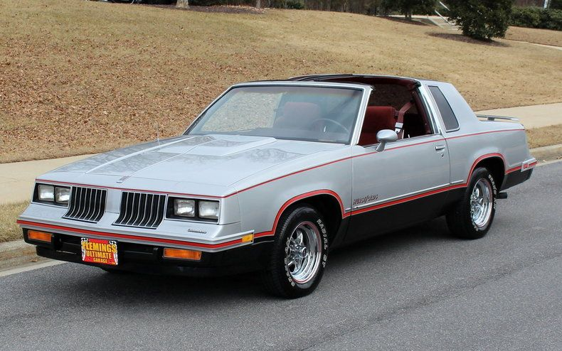 1984 Hurst Olds 442 1 Of Only 3 500 Produced In 1984 Only Driven 2 000 Miles A Year Special Edition Old Classic Cars Usa Oldsmobile Custom Muscle Cars