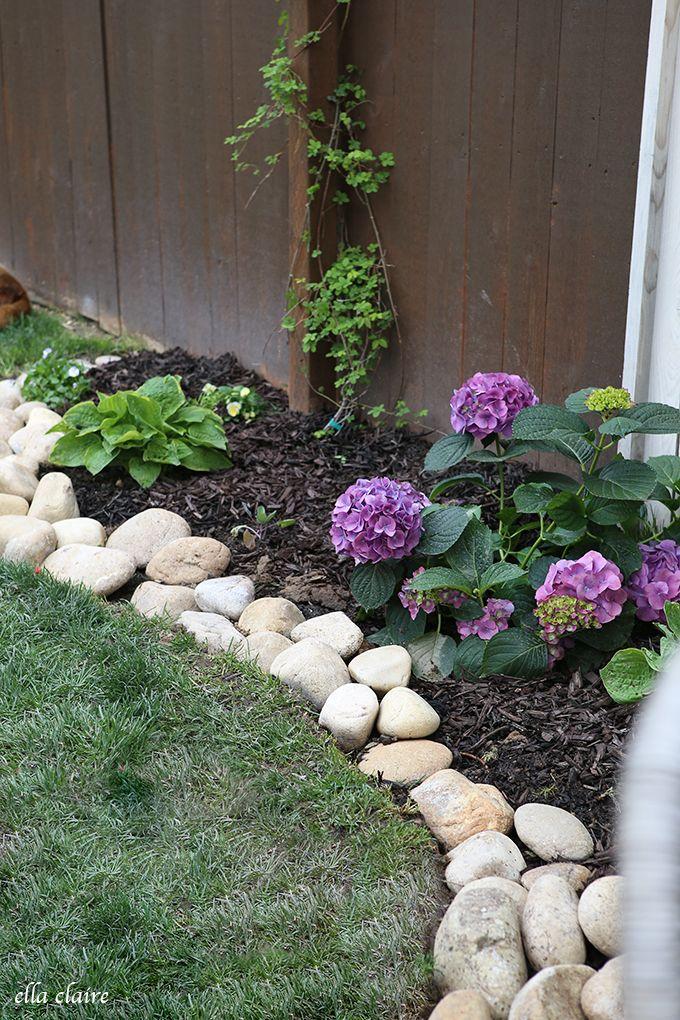 River rock planter border rock border planters and gardens for River stone garden designs