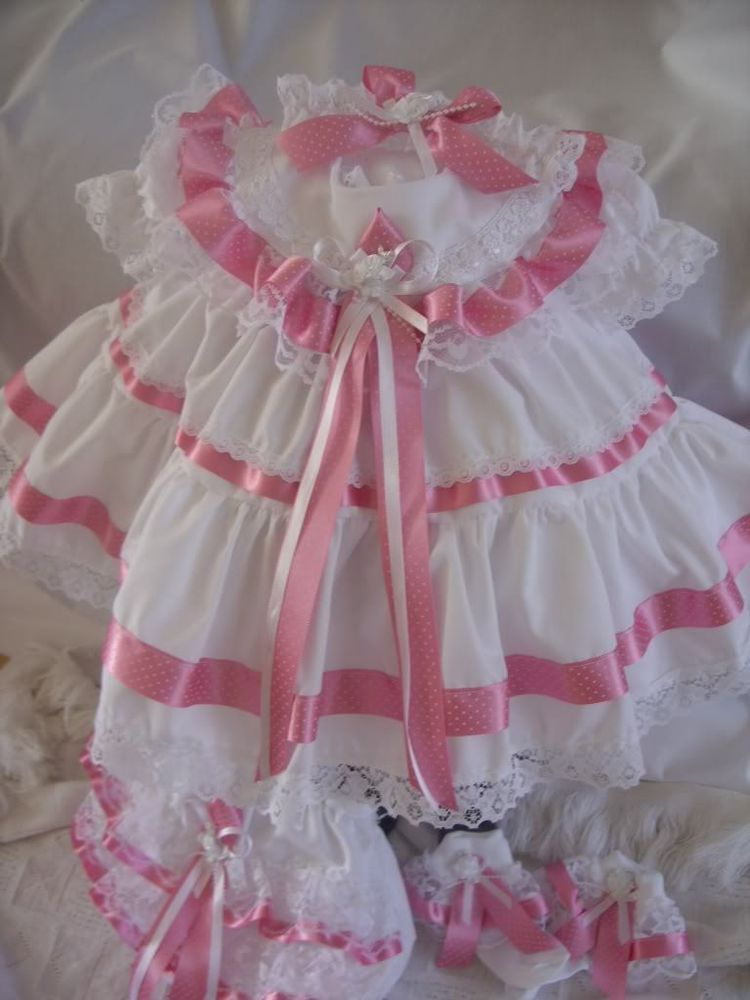 DREAM 0-3 YEARS GIRLS NEW BRODERIE TRADITIONAL NETTED FRILLY DRESS REBORN DOLLS