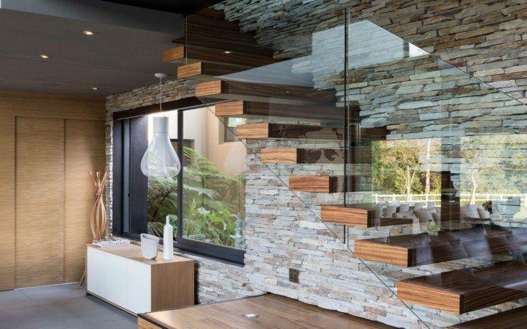 Int Rieur Base De Mat Riaux Naturels Dans Une Villa Rustique Villas Design Et Interieur