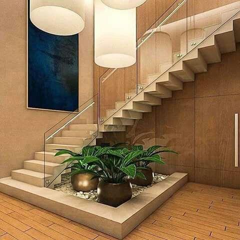 Pin de vijay popuri en room pinterest escalera for Jardines pequenos bajo escaleras