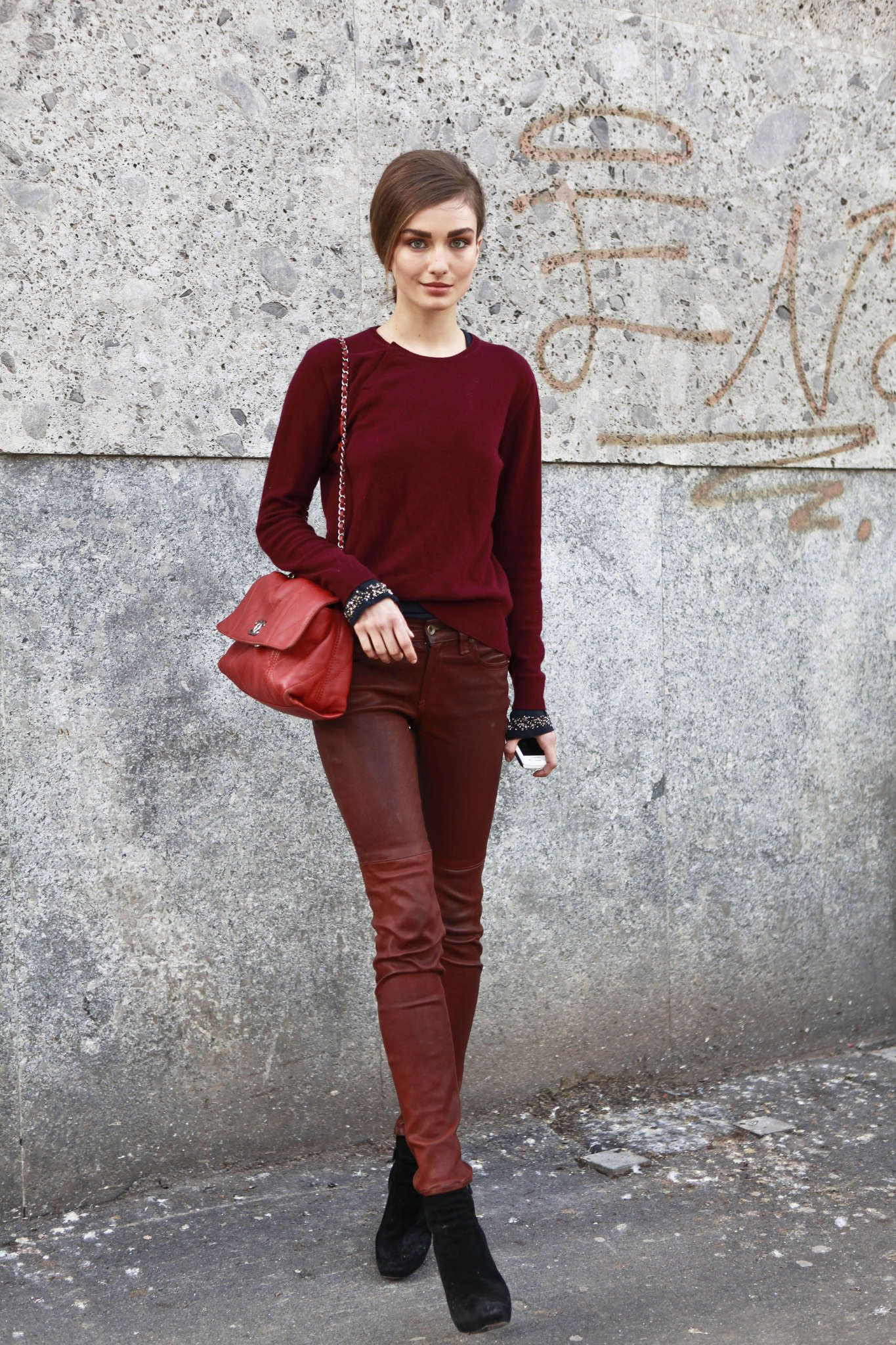 Andreea Diaconu - Lady in Red