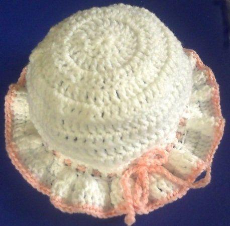 Schnapp Dir die Anleitung + häkle einen netten Baby-Hut für Dein ...