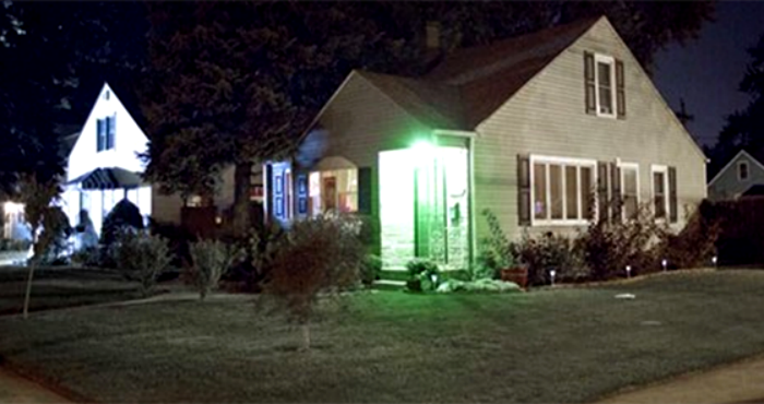 A Green Light Outside Someone S House Has A Hidden Message That Everyone Needs To Know Porch Lighting Light Green House