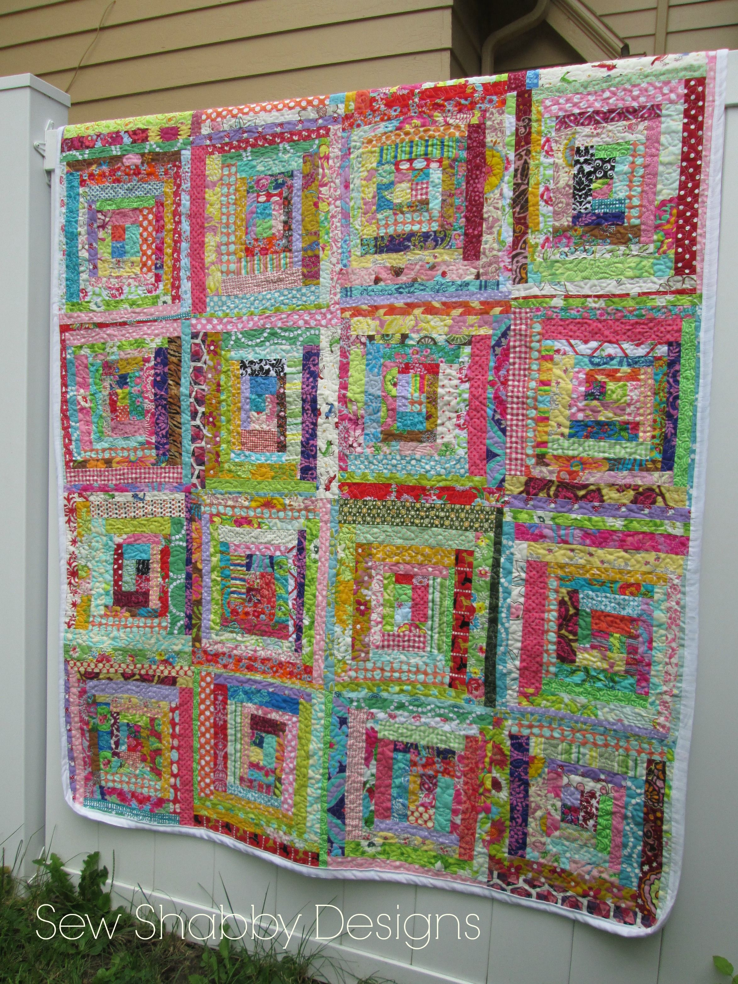 Scrappy Log Cabin Quilt By Sew Shabby Designs Sewshabbydesigns Log Cabin Quilt Quilts Log Cabin Quilts