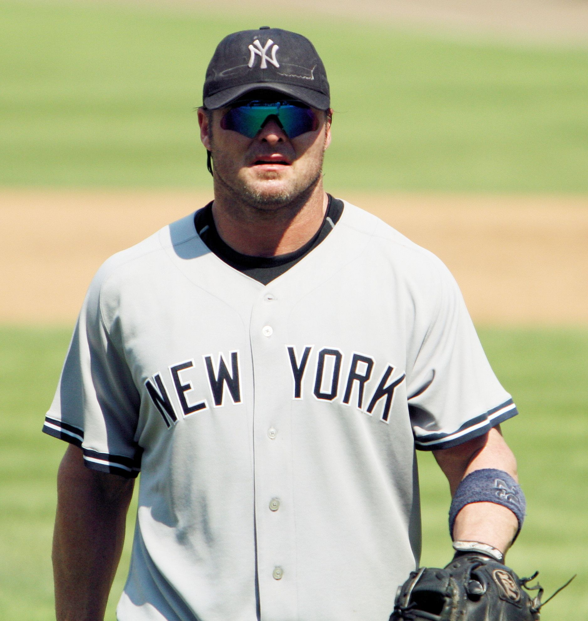 Ny Yankees Players File New York Yankees Player By Keith Allison Jpg Wikimedia Commons New York Yankees Yankees Go Yankees