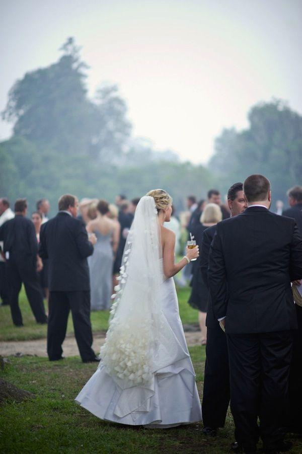 How To Bustle A Wedding Veil Wedding Wedding Wedding Veil