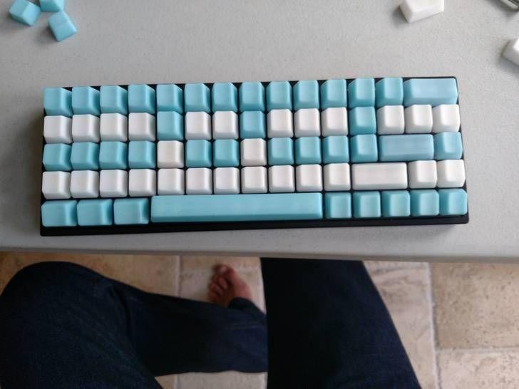 OCD60 with 78g purple zealios and POM jelly keycaps