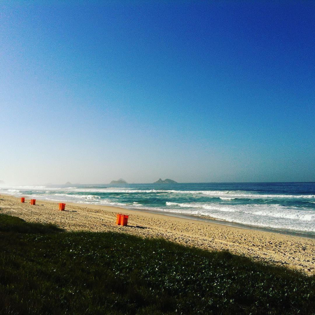 Check out our Surf clothing here! http://ift.tt/1T8lUJC Posto 8 Barra... #praiadabarra #surf #barradatijuca #riosurfcheck #surfing #surflife #lifestyle #swell #longboard #longboarding #posto5 #posto8 #riodejaneiro #rio