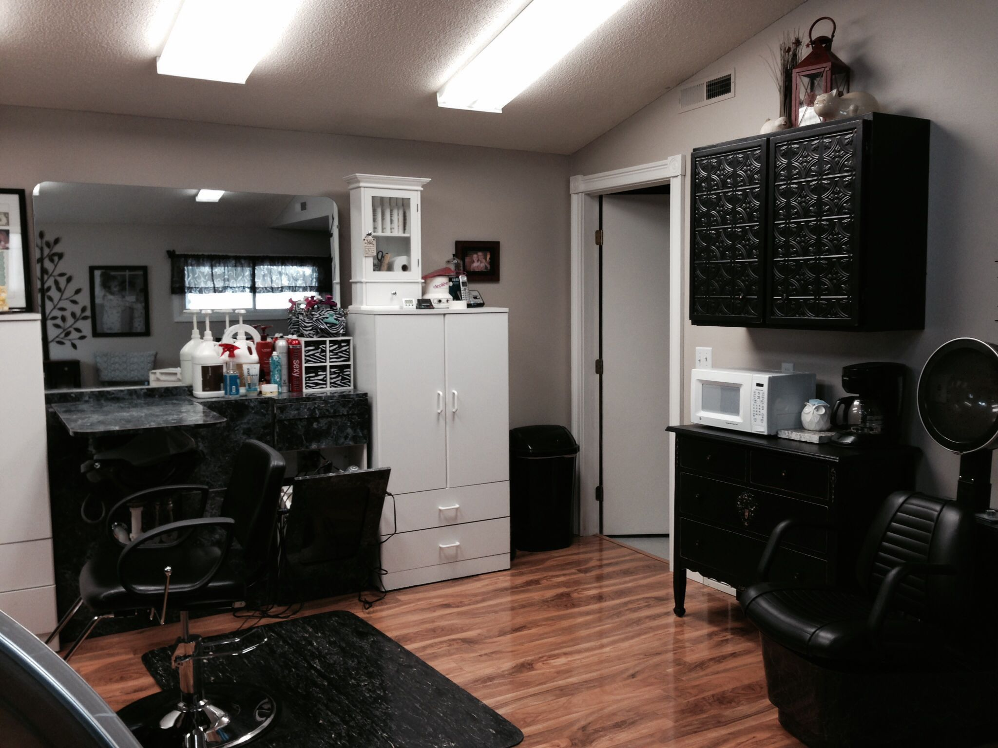 In Home Salon. Love the Clean/Crisp Feel. Also like the black ...