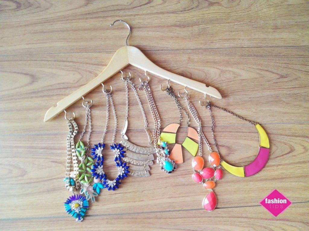 DIY Porta collares. #VivaLoChic #LoMásChic #Fashion #DIY