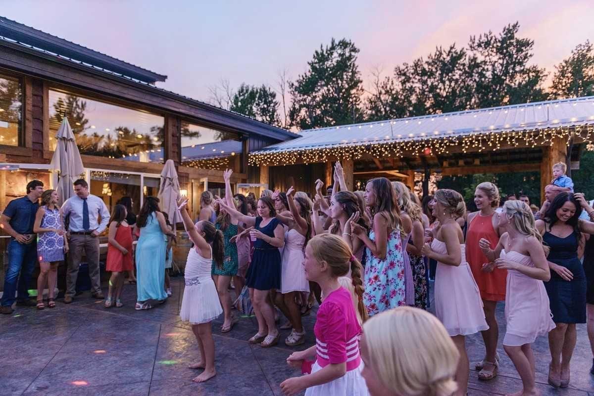 Rockin Tj Ranch Venue Bozeman Mt Weddingwire In 2020 Wedding Wire Venues Bozeman