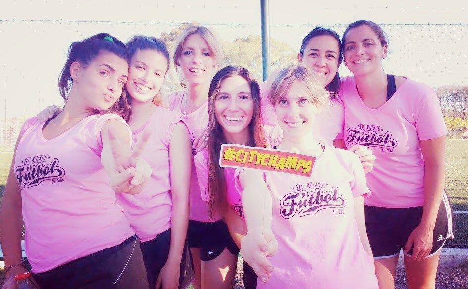 Campeonas alumnas de AFF