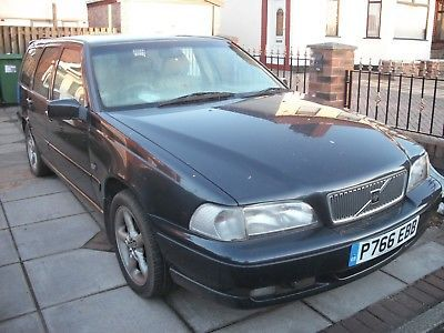 Volvo v70 estate mk1 in grey for spares or repair please see details