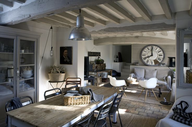 Salon ambiance campagne chic poutre recherche google for Decoration maison de campagne photos