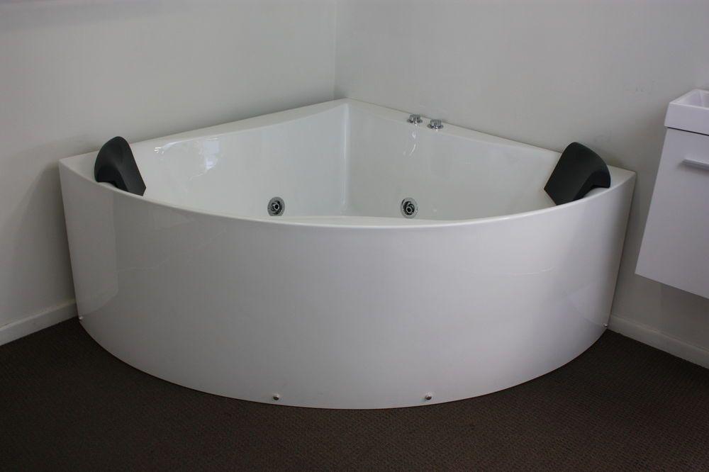 Calista Freestanding Corner Spa Bath 1350 X 1350 X 600mm Bath