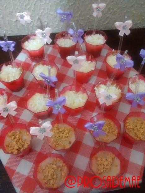 Docinhos de colher - E no blog tem festa arraiá!! Hum... Comidas e doces típicos e uma decoração bem charmosa!! http://prosademae.blog.br/festa-arraia/ #arraia #festacaipira