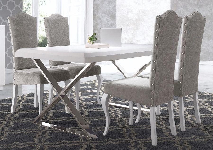 Mesa de comedor extensible con patas de acero con forma de cruceta y
