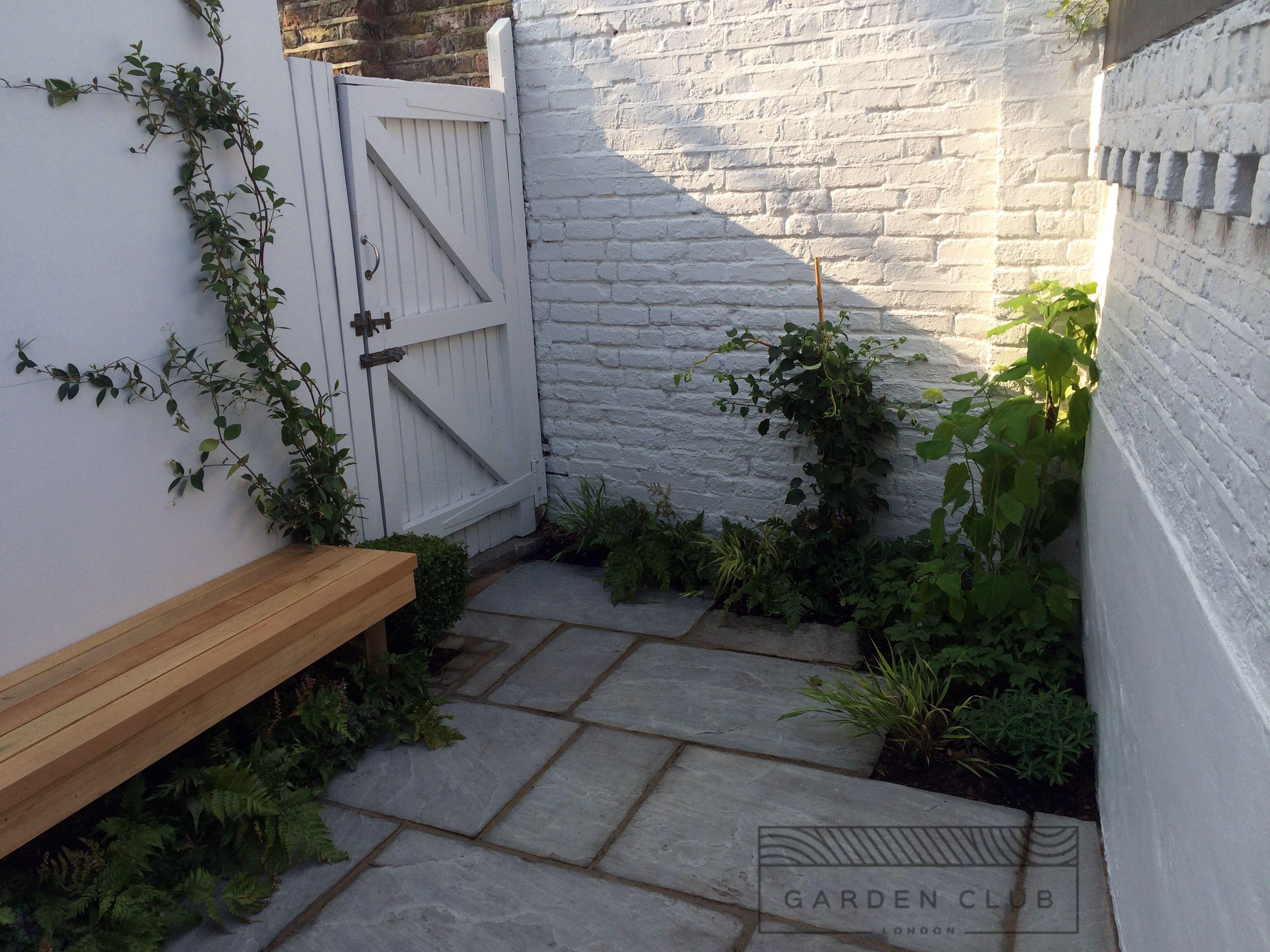 Very Small Back Garden Ideas Google Search Backyard Ideas For Small Yards Small Courtyard Gardens Small Backyard Landscaping