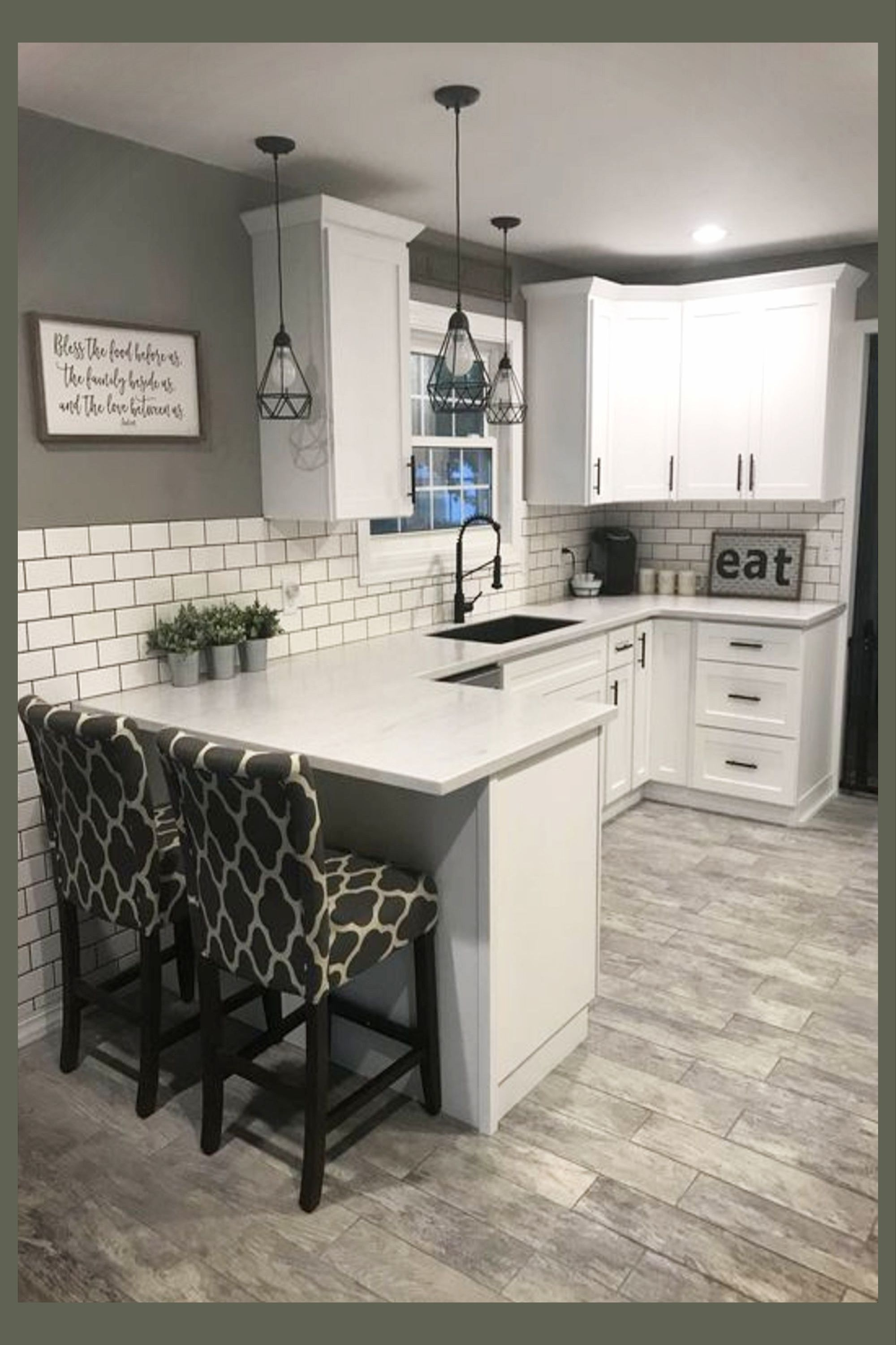 Farmhouse kitchen ideas & PICTURES of farmhouse kitchen on a Budget (NE
