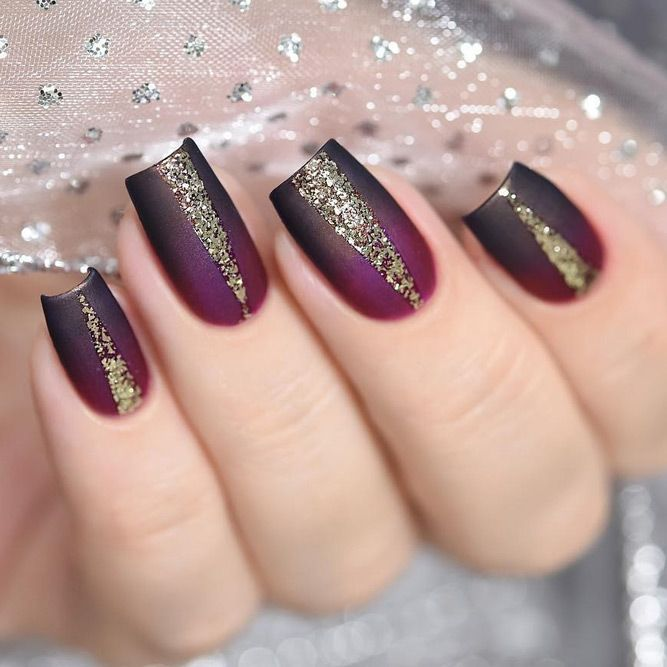 49 Unique And Beautiful Winter Nail Designs Gold Acrylic Nails