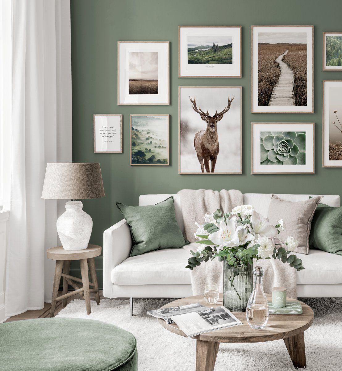 Atemberaubende Bilderwand Naturposter roter Hirsch weiß grün Interieur Eichenrahmen