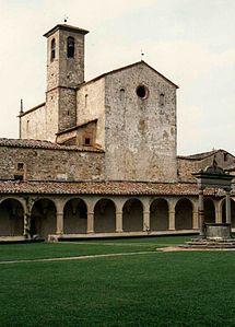 Certosa di San Pietro o di Pontignano - Castelnuovo Berardenga ( Siena ).  Venne fondata nel 1343 da Bindo di Falcone Petroni il quale affidò l'incarico di costruire il monastero a un certosino dell'Aquitania, frate Amerigo. Nel 1385 fu dotato di un giro di mura.