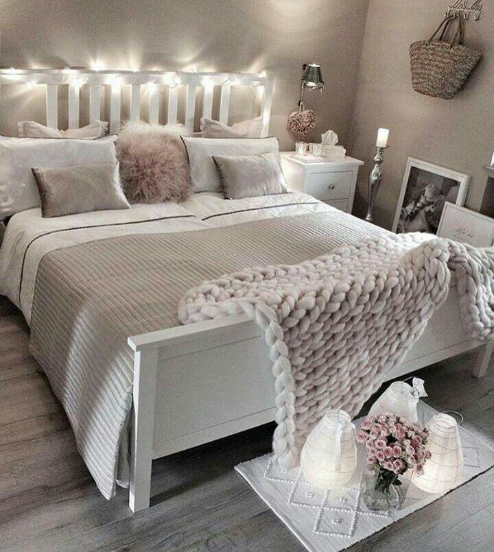 Wohnen, Mein Haus, Mein Traumhaus, Süße Schlafzimmer Ideen, Schlafzimmer,  Schlafzimmer Schränke, Jacken Für Männer, Federboas, Hosen Mode
