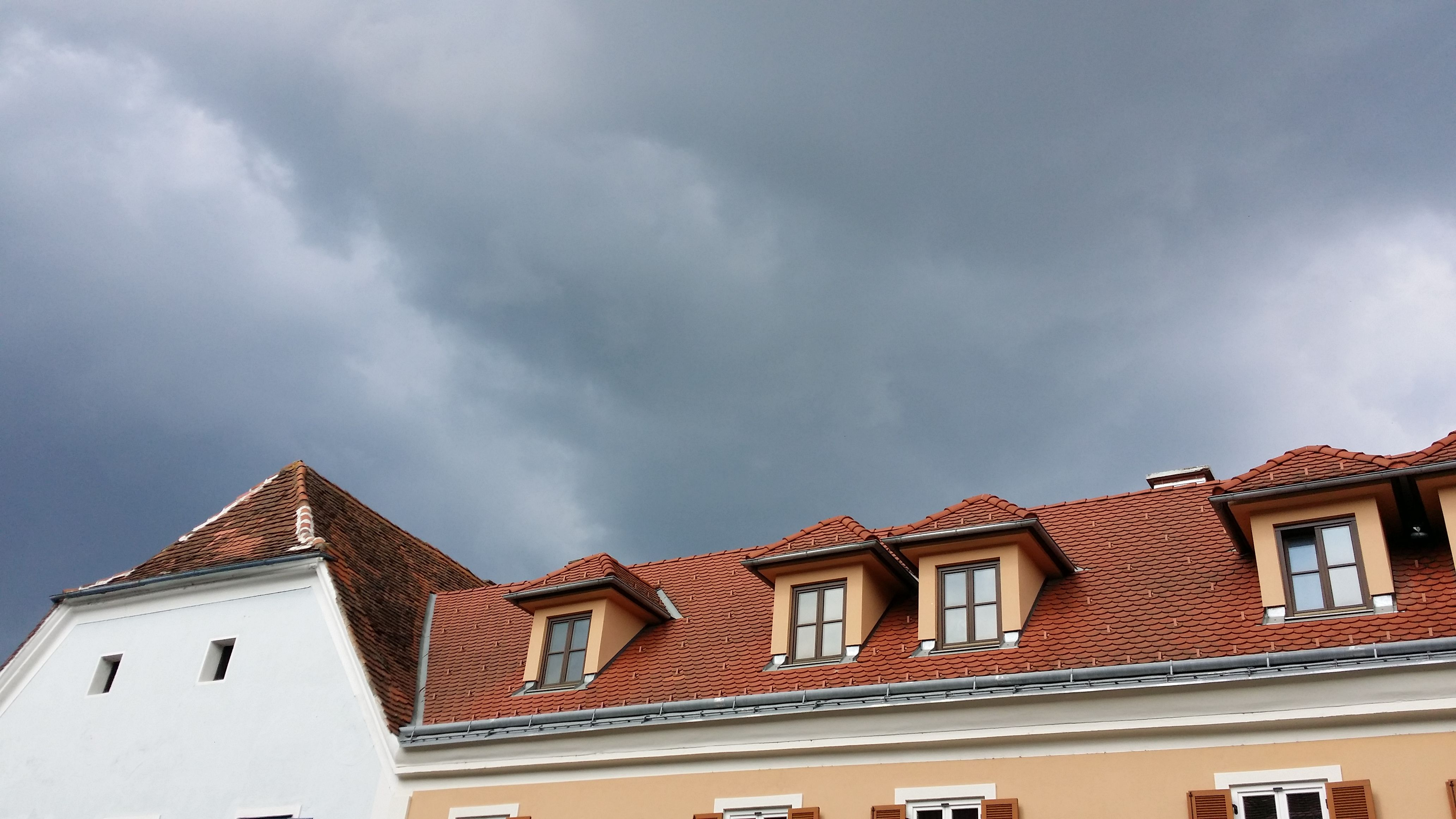 30.04.2014 - Aufziehende Wolkenfront @ Fürstenfeld (STMK)