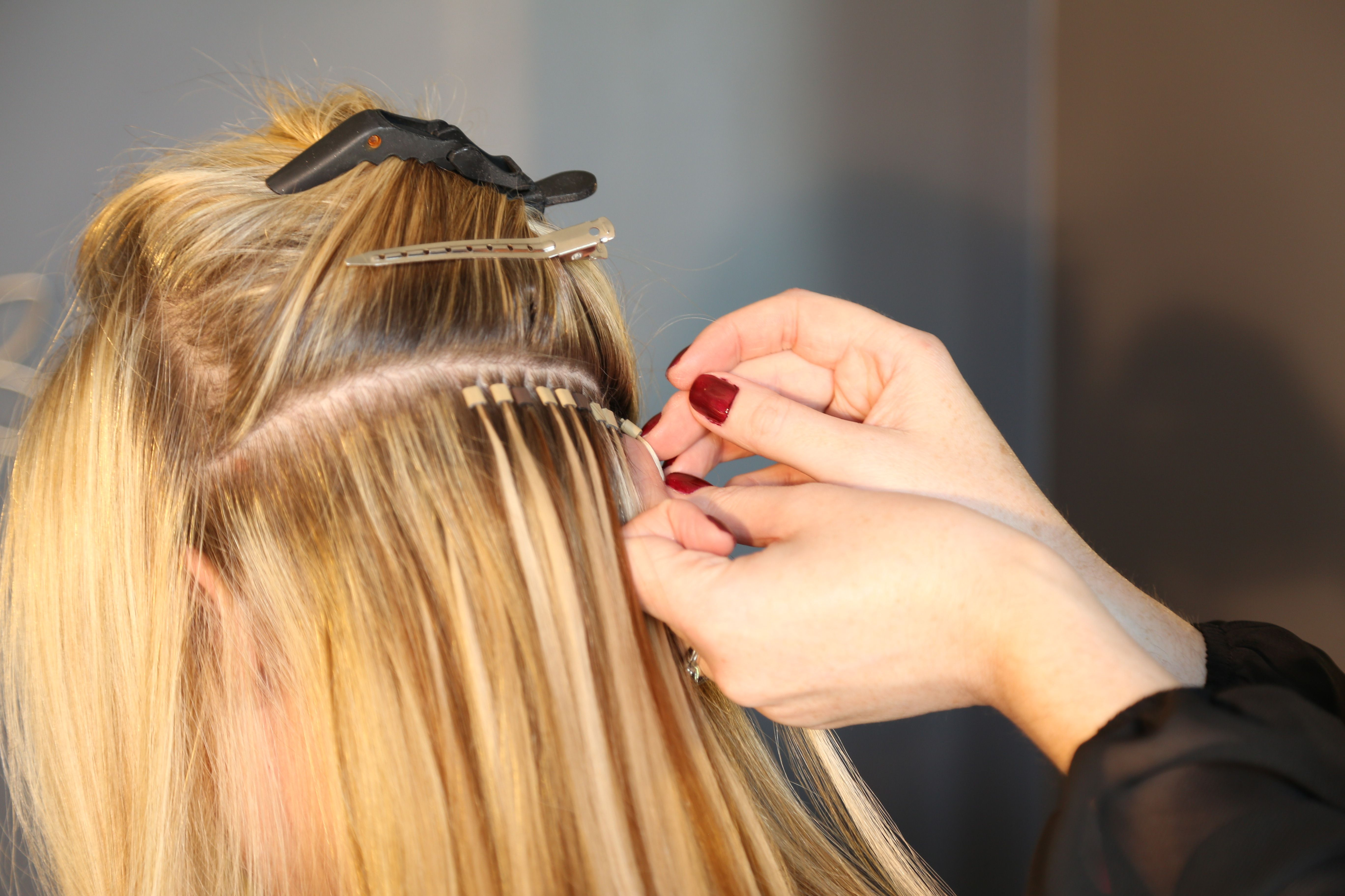 I Hair Extensions With This Method The Hair Is Reusable The