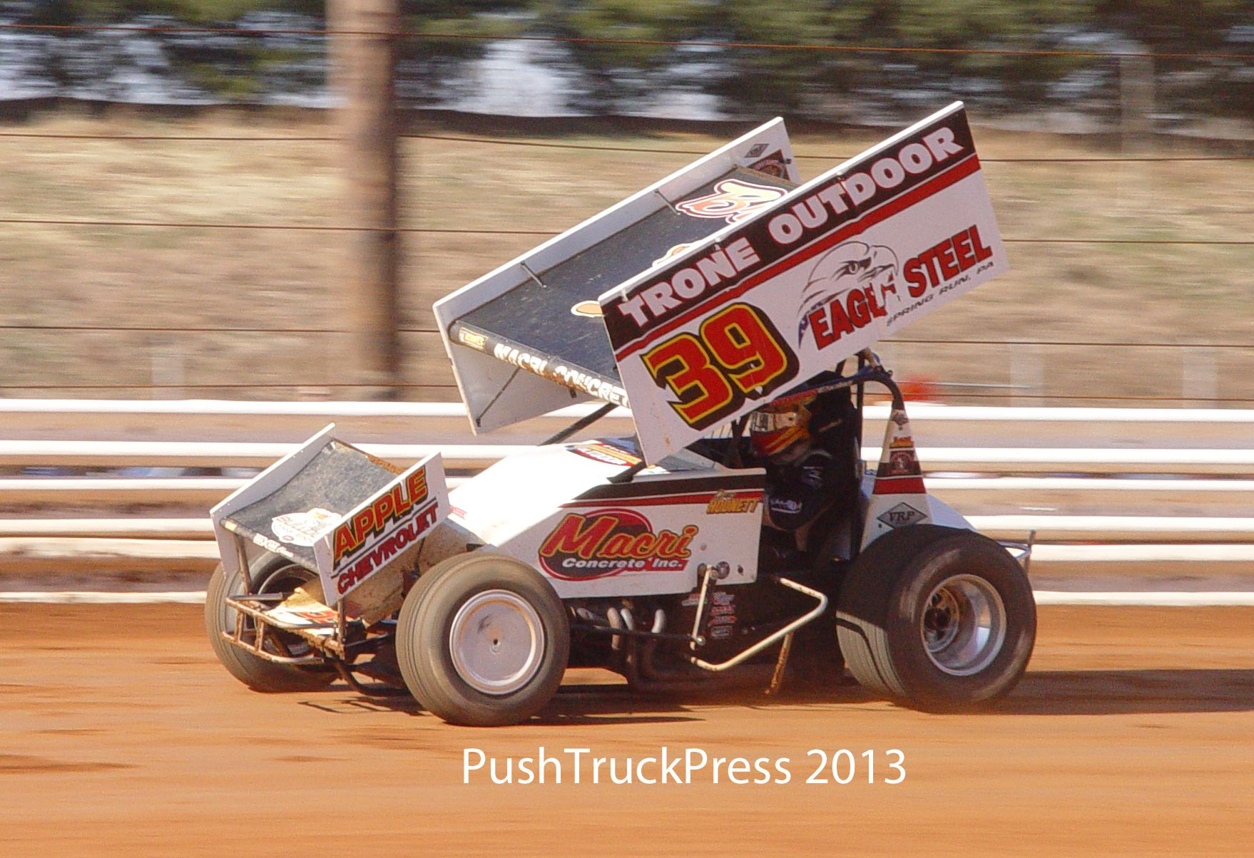 Greg Hodnett Running The Trone Special Sprint Car At Lincoln
