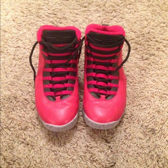 red jordan shoe strings