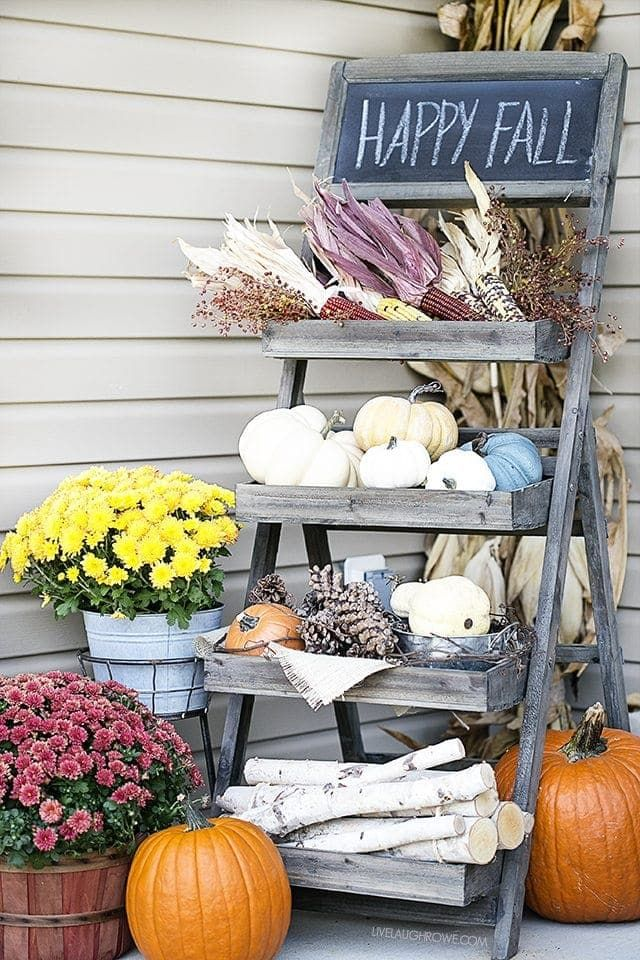 15 Fall Front Porch Decorating Ideas #smallporchdecorating