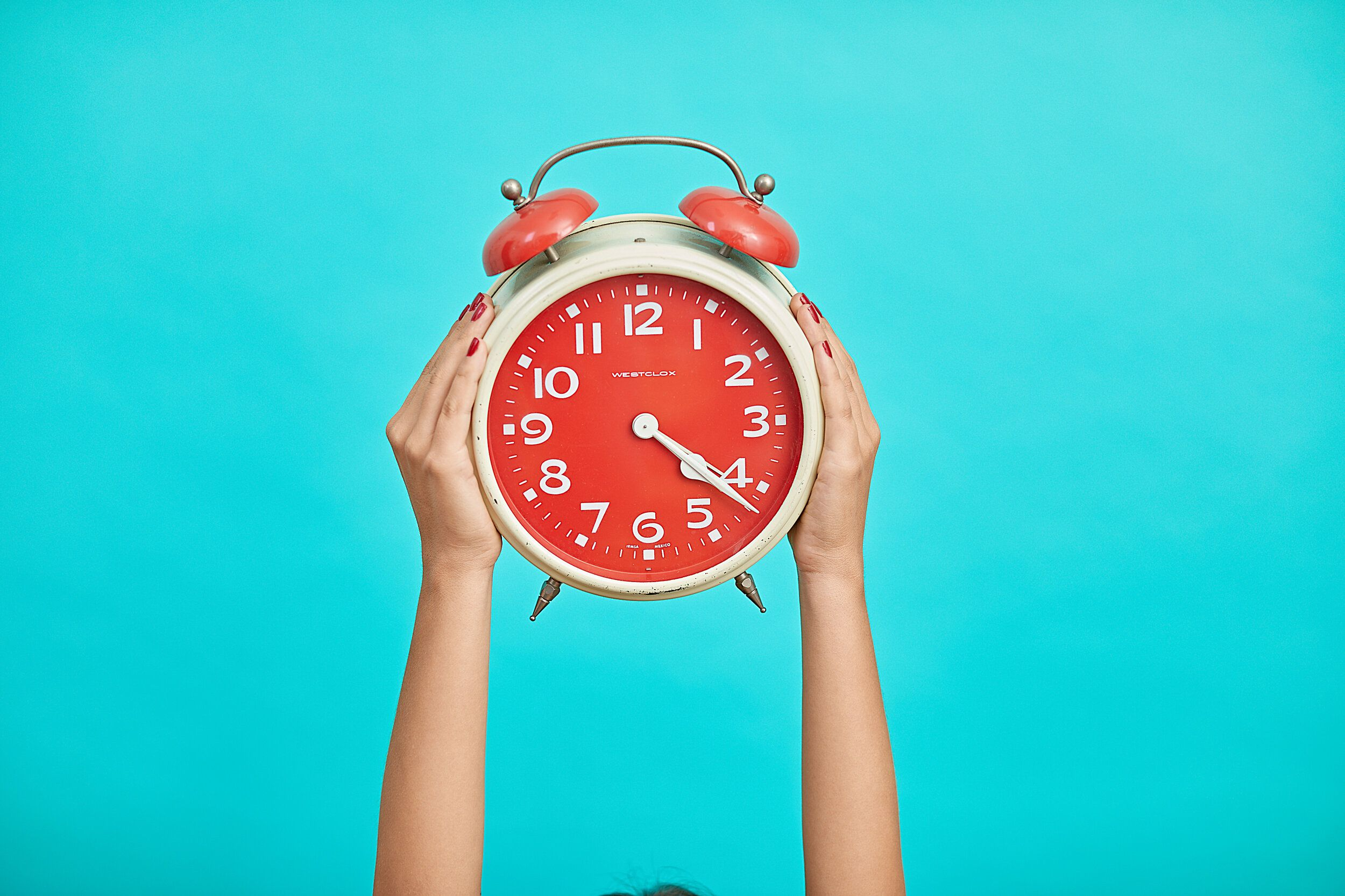 Is It Time to Bring Back the Alarm Clock? — Working in Slippers |  Intermittent fasting, Clock, Alarm clock