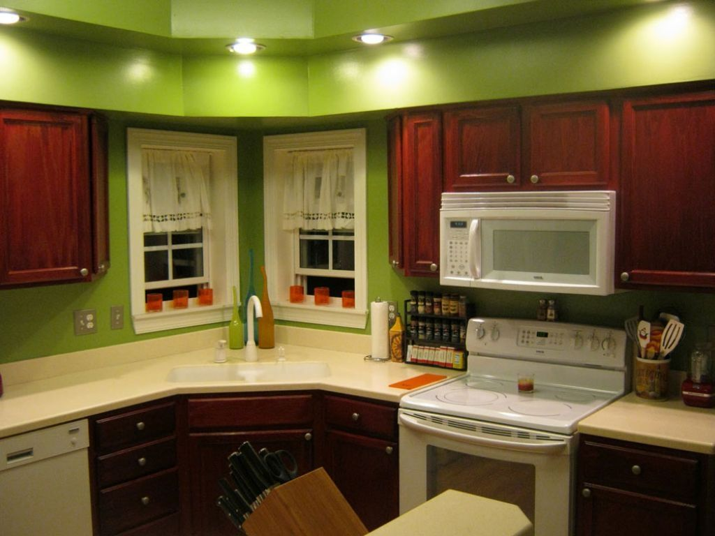 lime green kitchen walls - Google Search | Kitchen | Pinterest | Cocinas