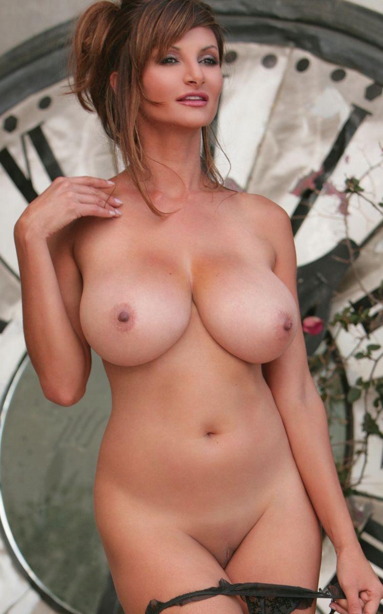 petra naked