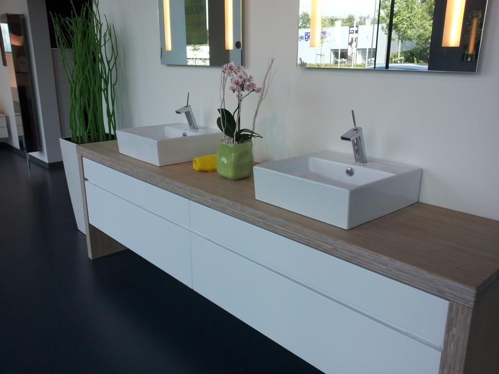 Badkamermeubel in stijgerhout bouwinfo badkamer