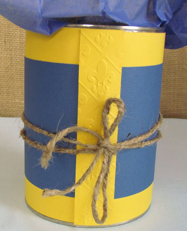 Cub Scout Blue and Gold Centerpieces - Ribbons & Glue