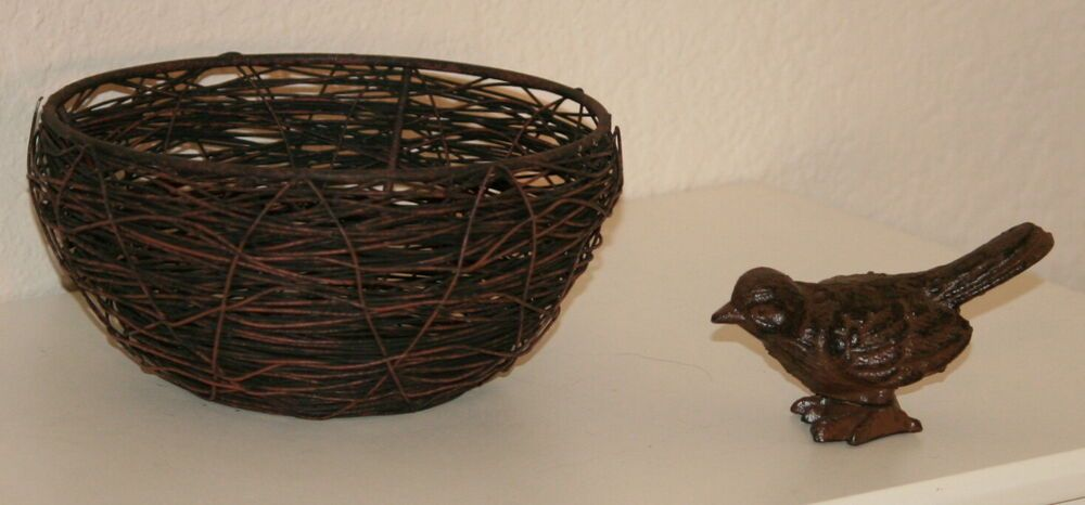 Details about Large Rusted Metal Wire Bird Nest