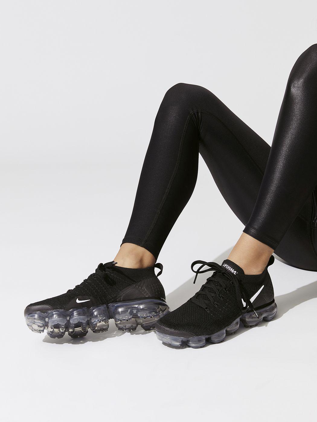 Nike Air Vapormax Flyknit 2 in Black