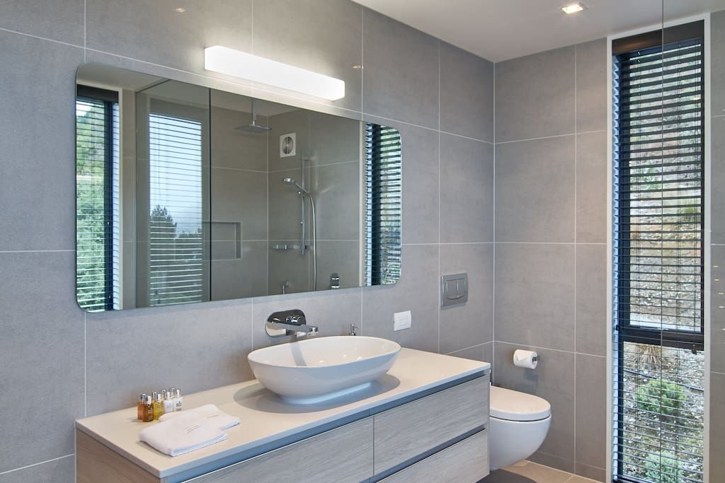Pin By Angela Irwin On Bathrooms Renting A House
