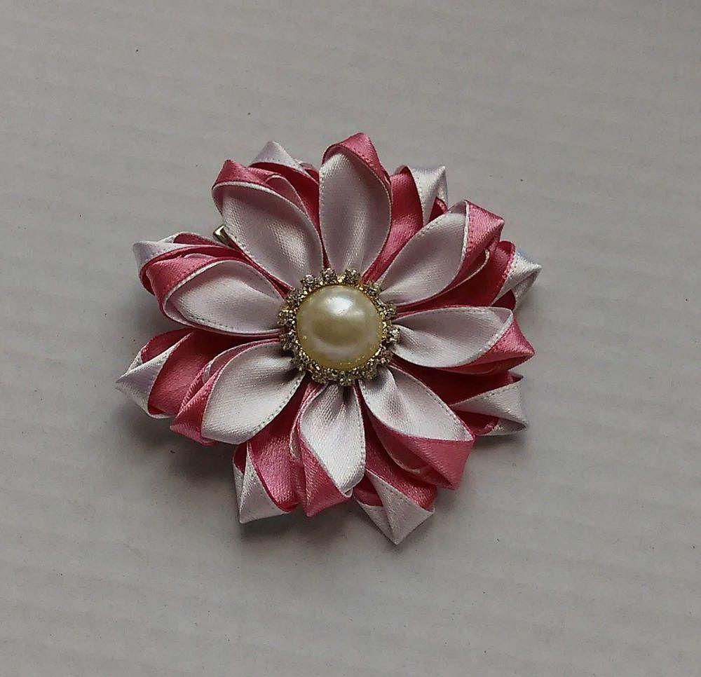 barrette fleur rose poudr et blanc pince cheveux. Black Bedroom Furniture Sets. Home Design Ideas