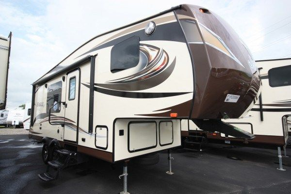 2013 2017 Tradewinds Rv Center Rvs For Sale Jayco Rv Huge Bed