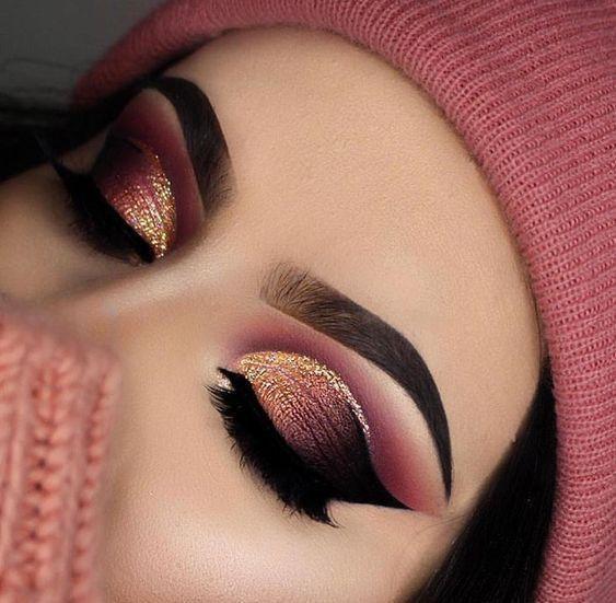 Photo of Pink, Gold und Schwarz Lidschatten Look #eyes #eyemakeup #eyeshadow #makeup #mak…